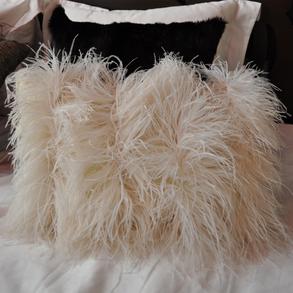 Cushion Mohair Feathers Mushroom S FF